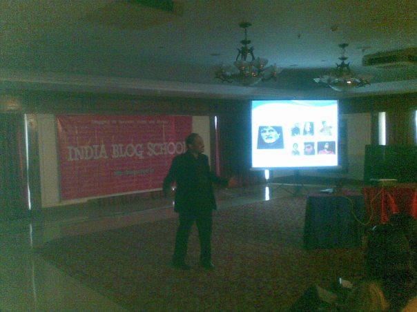 Amit talks about who all are blogging